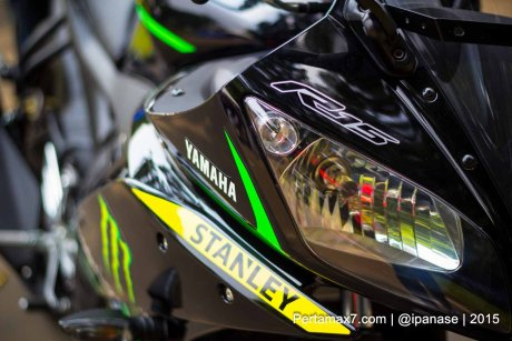 Can canh Yamaha R15 Monster Yamaha Tech 3 - 4