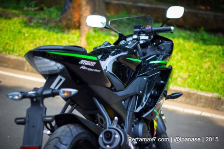 Can canh Yamaha R15 Monster Yamaha Tech 3 - 8