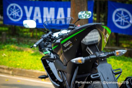 Can canh Yamaha R15 Monster Yamaha Tech 3 - 13