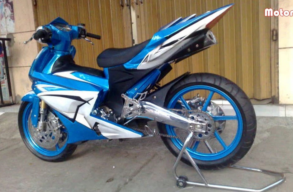 Chum anh Exciter do do mot fan Yamaha suu tam - 5