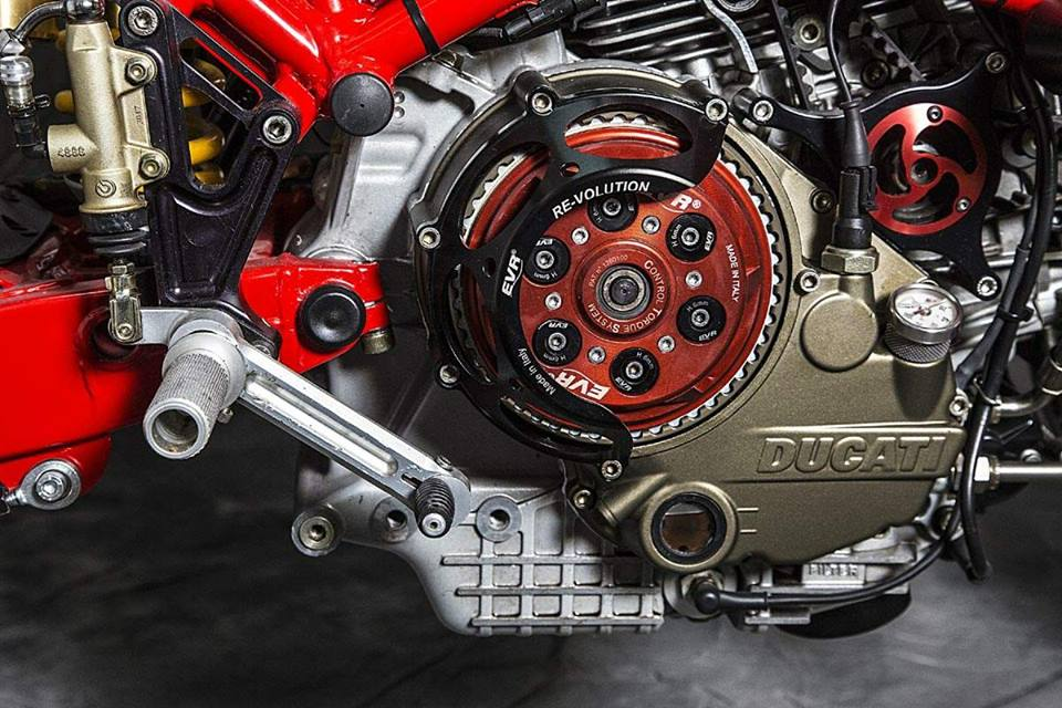 Ducati Monster 795 do Cafe Racer day phong cach - 5