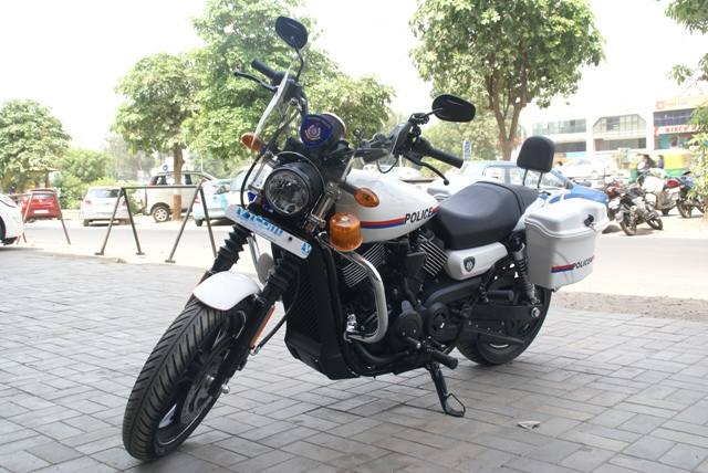 HarleyDavidson Street 750 dung lam xe canh sat - 3