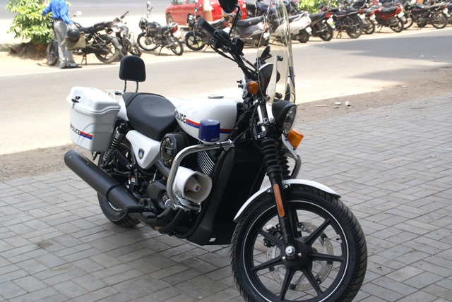 HarleyDavidson Street 750 dung lam xe canh sat - 5