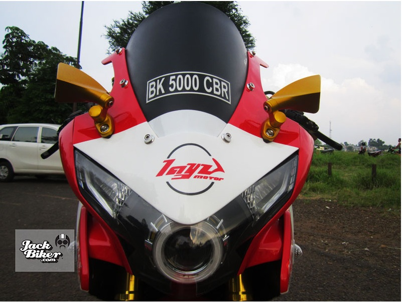 Honda CBR 250 do noi bat va sanh dieu tai Thai - 3
