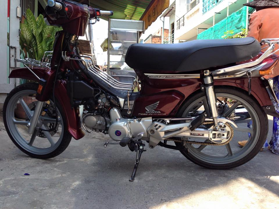 Honda Dream do cung cap voi mam CBR - 3