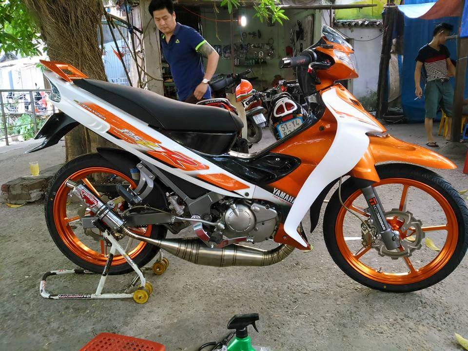 Yamaha Z do sac cam noi bat voi do choi hang hieu
