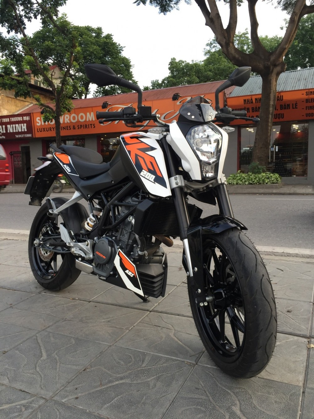 Ban KTM DUKE 200 ABS Di cuc it gia cuc tot