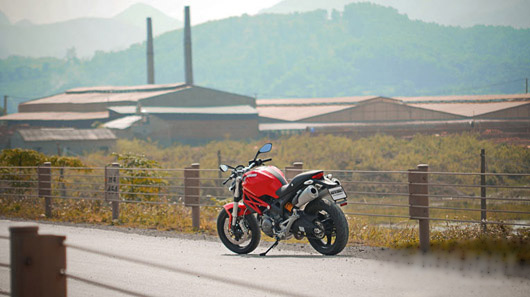 Bo anh dep ve Ducati Monster 795 - 2