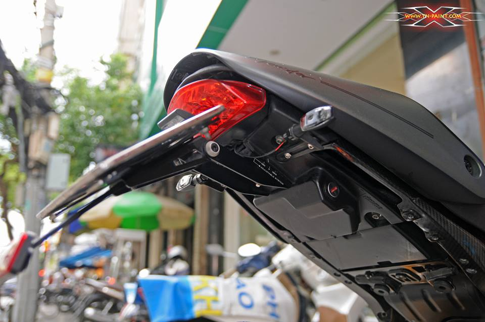Ducati Monster 795 do sieu ngau tai Sai Gon - 11
