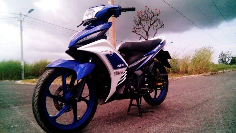 Exciter 135 do phong cach GP 2015 - 2