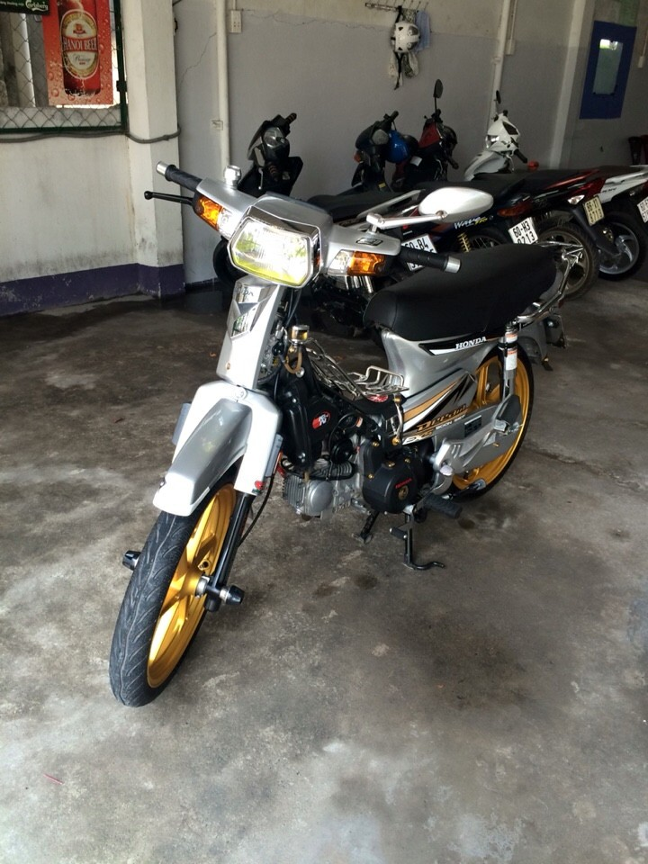 Honda Dream do dam chat manh me va phong cach - 2