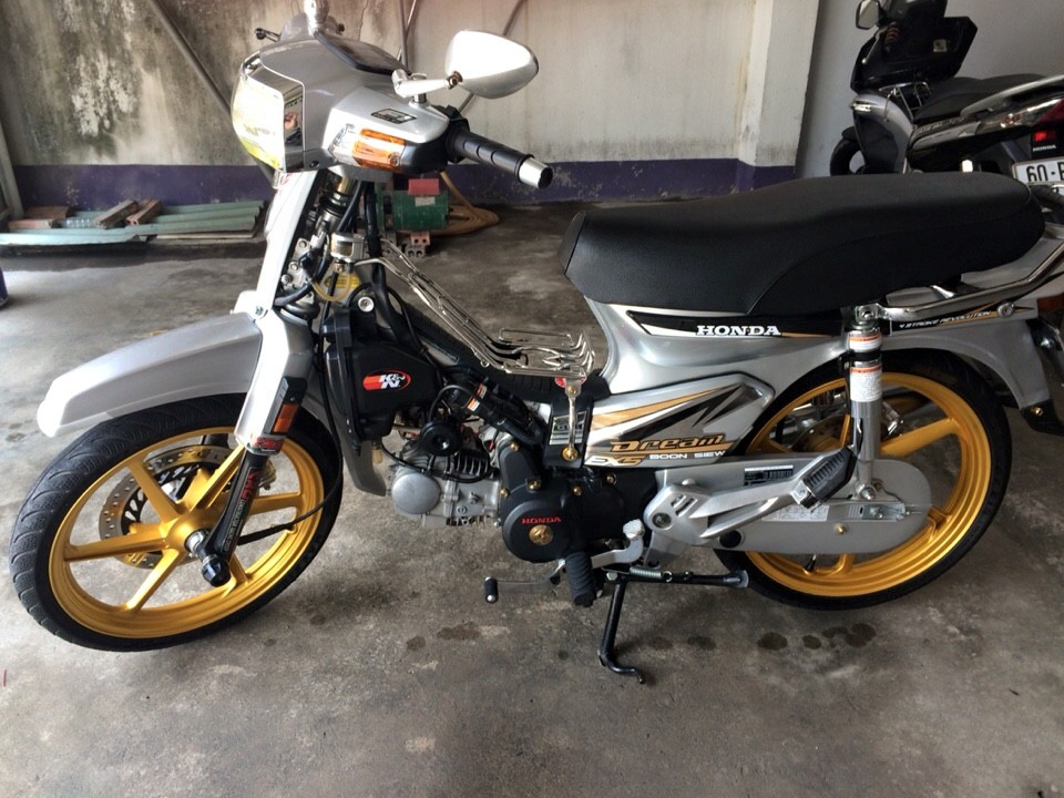 Honda Dream do dam chat manh me va phong cach - 3