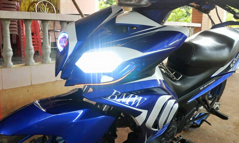 Exciter che mu ham ho tu y tuong BMW S1000rr - 2