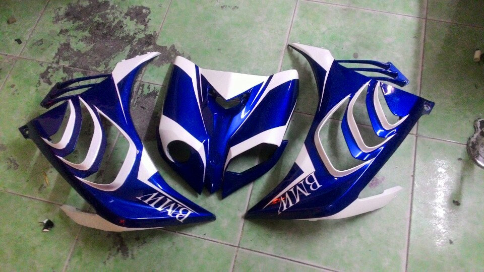 Exciter che mu ham ho tu y tuong BMW S1000rr - 5