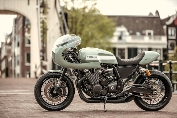 Yamaha XJR1300 do Cafe racer cua xuong do Numbnut Motorcycles