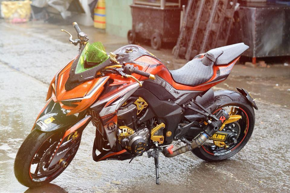 Z1000 than thanh len full body kits