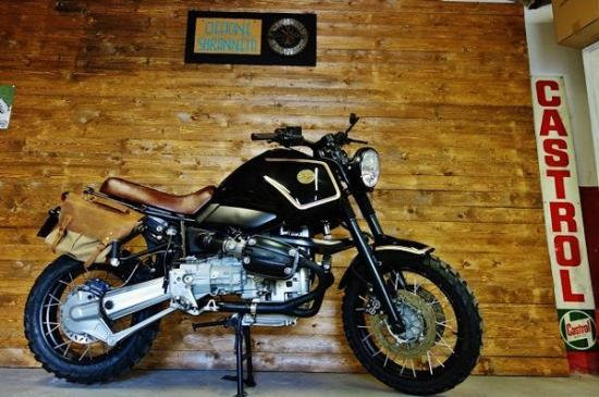 BMW GS do tinh te voi cam hung co dien tu Scrambler - 7