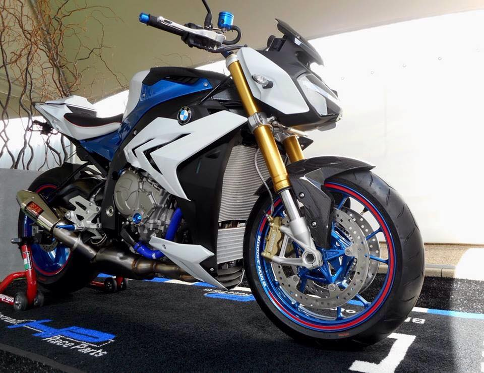 BMW S1000R chiec Nakedbike do cung cap day uy luc - 4