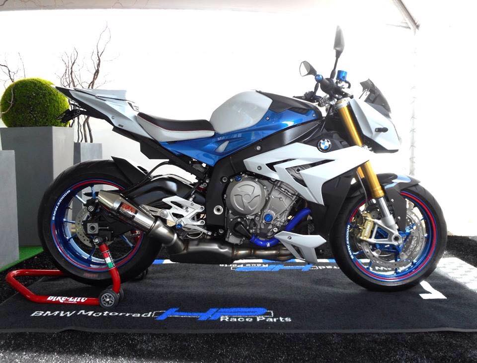 BMW S1000R chiec Nakedbike do cung cap day uy luc - 9