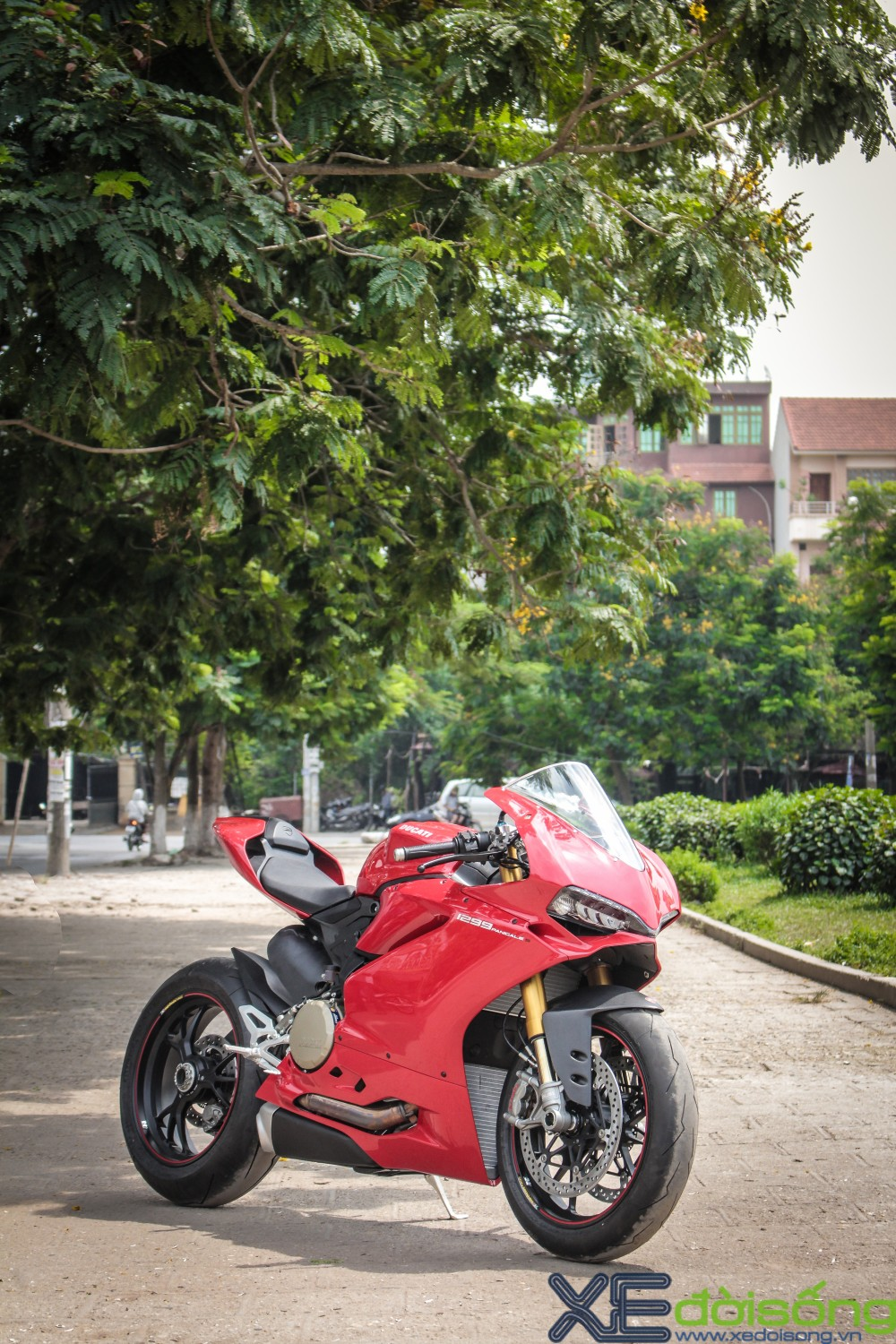 Can canh Ducati 1299 Panigale S dau tien tai Viet Nam voi gia 1 ty dong - 3
