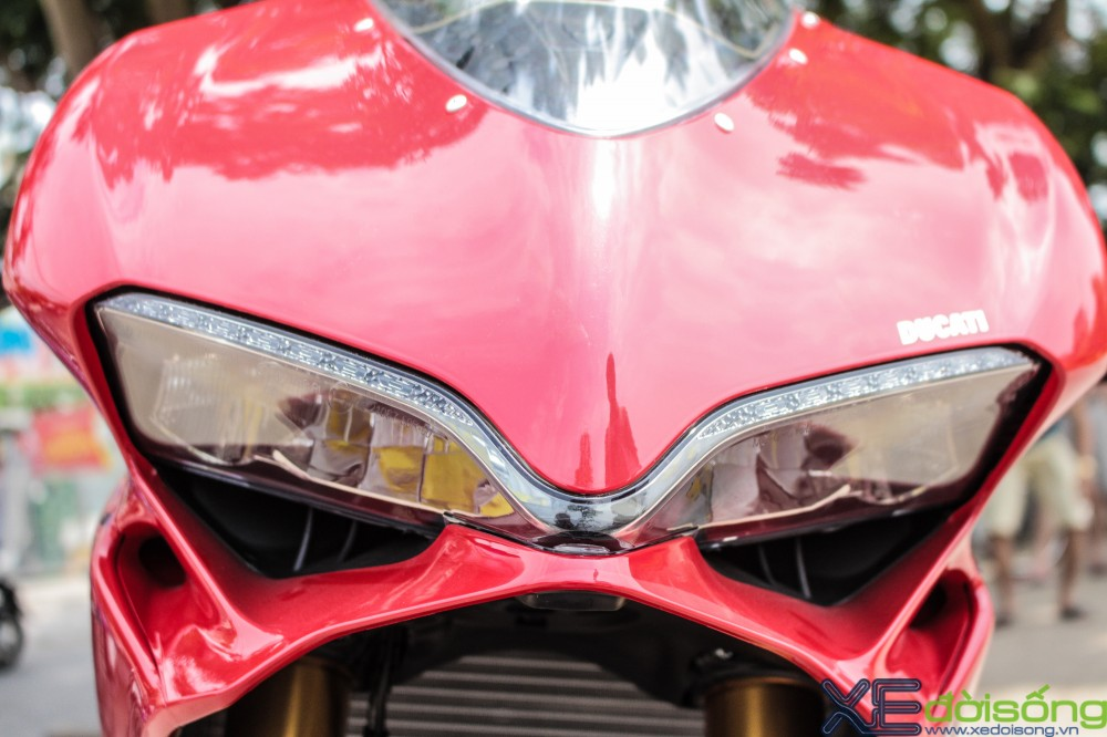 Can canh Ducati 1299 Panigale S dau tien tai Viet Nam voi gia 1 ty dong - 10