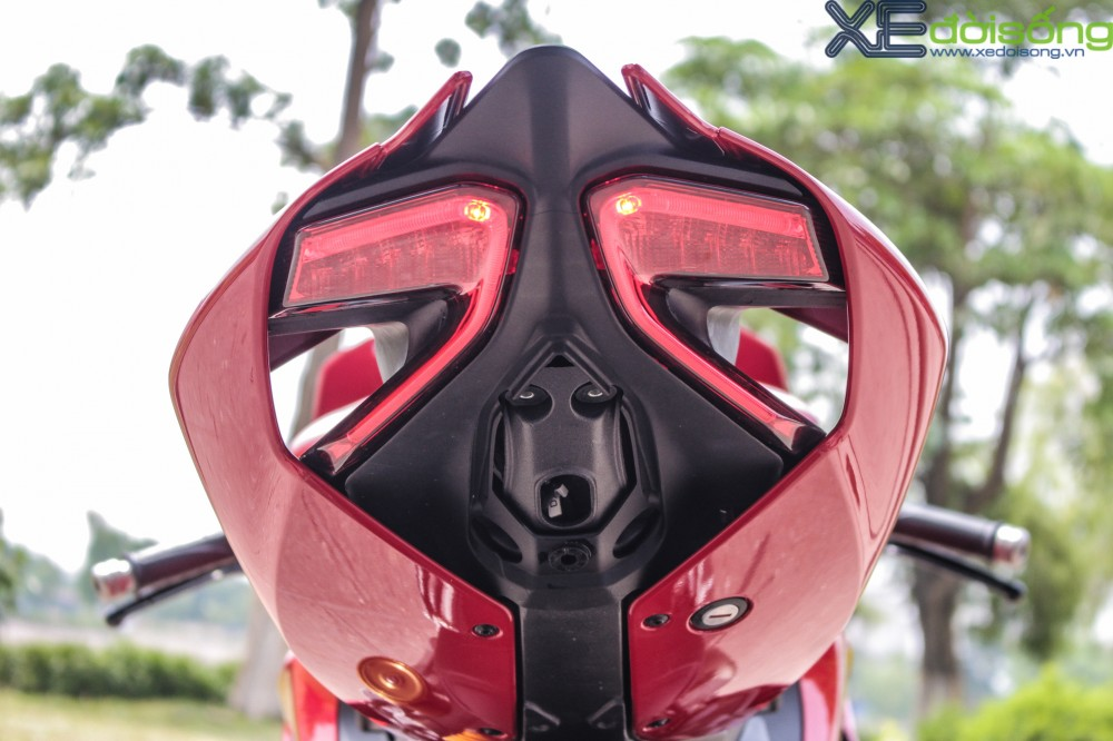 Can canh Ducati 1299 Panigale S dau tien tai Viet Nam voi gia 1 ty dong - 11