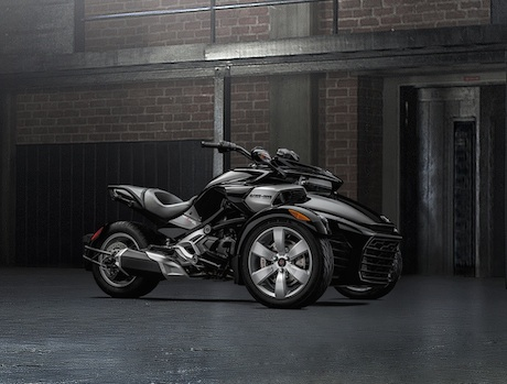 Chao don sieu pham Can Am Spyder F3