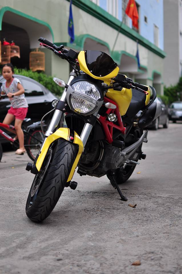 Ducati Monster 795 do noi bat voi tong vang do - 6