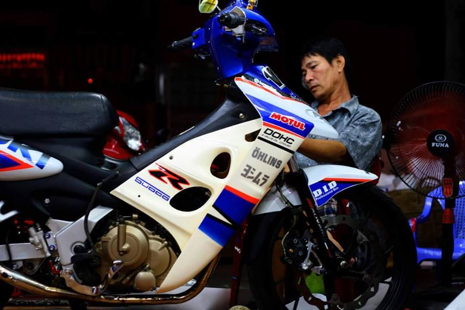 Lo anh chiec FX125 do dang nam im trong spa - 3