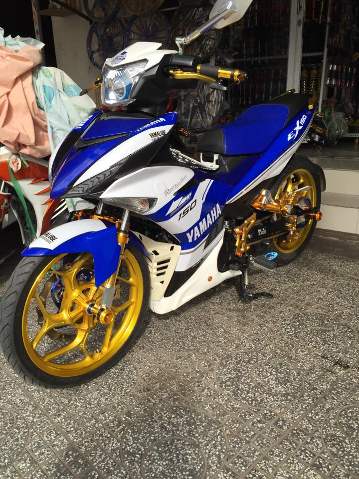 Loat anh chiec Exciter 150 khoe trang suc long lay - 8