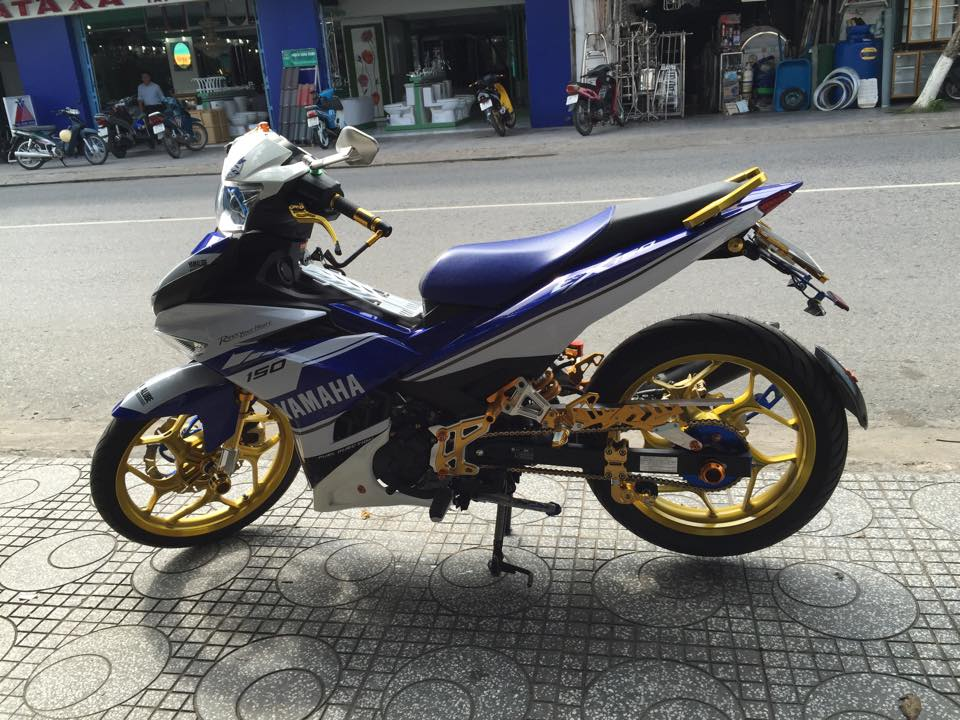 Loat anh chiec Exciter 150 khoe trang suc long lay - 7
