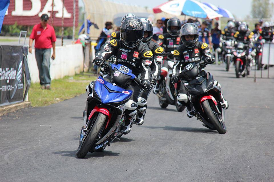 Nhung hinh anh moi nhat ve cuoc dua Exciter 150 Track Race phan 2 - 8