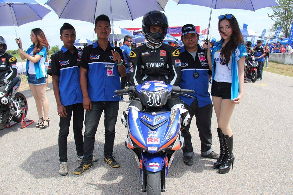 Nhung hinh anh moi nhat ve cuoc dua Exciter 150 Track Race phan 2 - 15