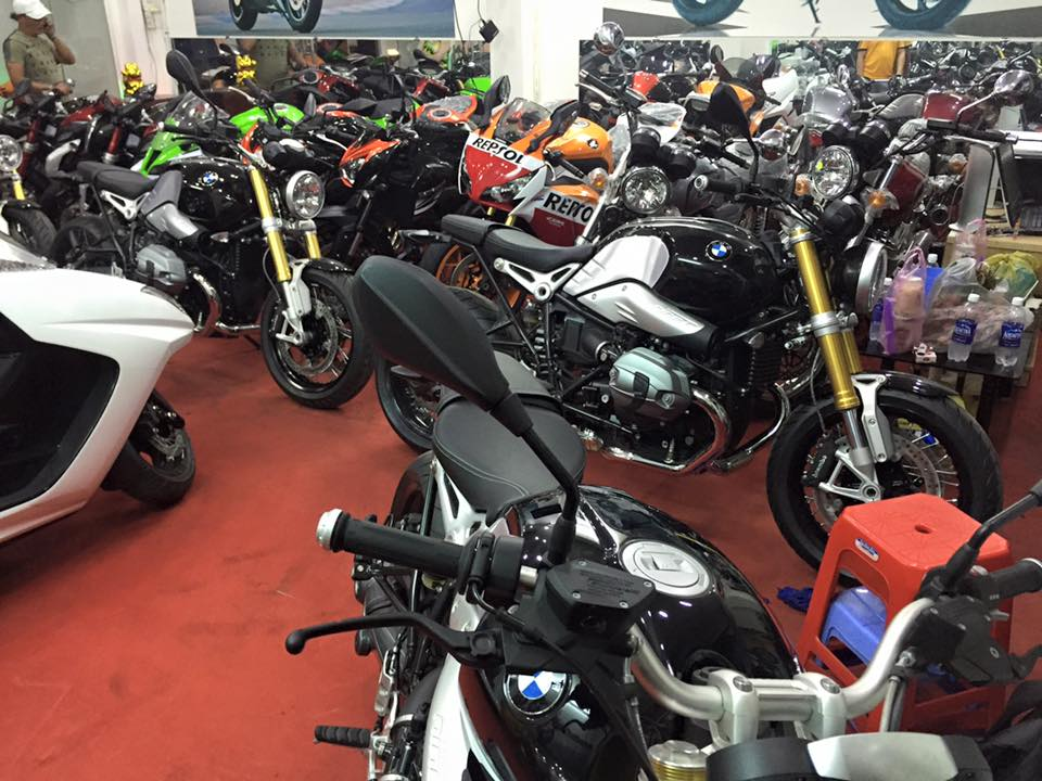 Shoowroom Moto Ken can ban BMW R NIne T 2015 chau au full opstion