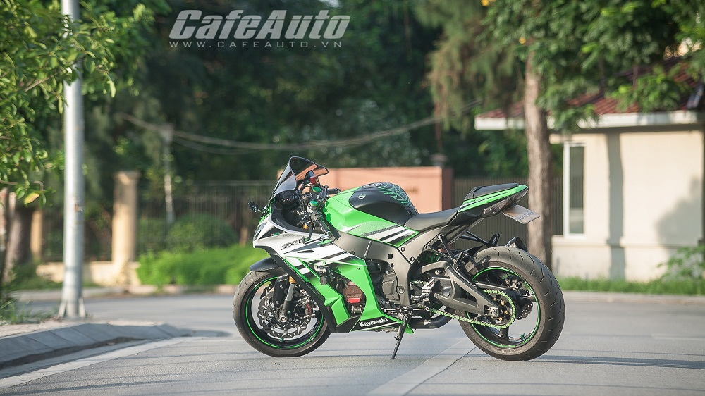 Tren yen Kawasaki Ninja ZX10R 2015 co may toc do that thu - 4