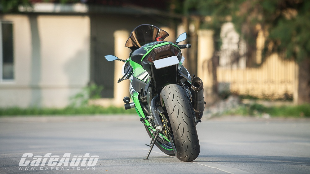 Tren yen Kawasaki Ninja ZX10R 2015 co may toc do that thu - 6