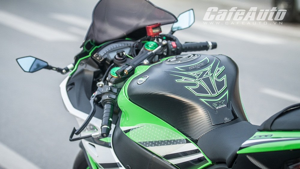 Tren yen Kawasaki Ninja ZX10R 2015 co may toc do that thu - 9
