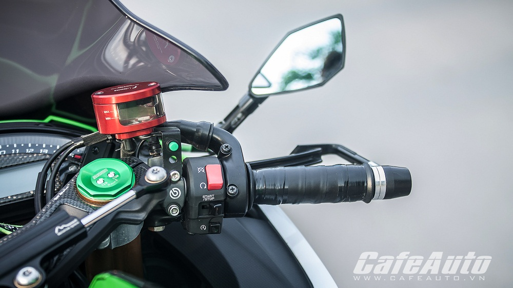 Tren yen Kawasaki Ninja ZX10R 2015 co may toc do that thu - 12