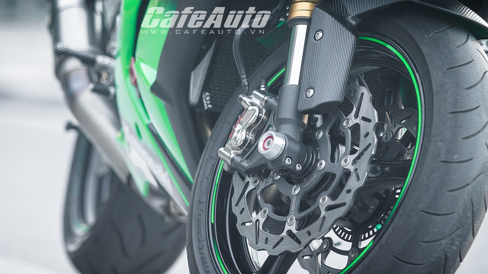 Tren yen Kawasaki Ninja ZX10R 2015 co may toc do that thu - 15