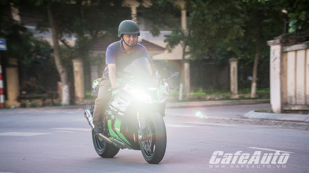 Tren yen Kawasaki Ninja ZX10R 2015 co may toc do that thu - 19