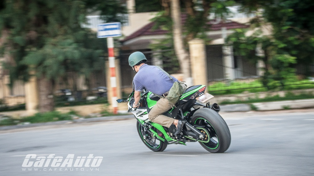 Tren yen Kawasaki Ninja ZX10R 2015 co may toc do that thu - 20
