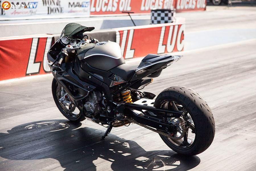 BMW S1000RR do chat choi voi phien ban DragBike - 2