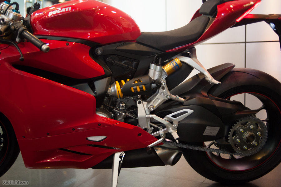 Can canh Ducati 1299 Panigale S chinh hang tai Viet Nam - 8
