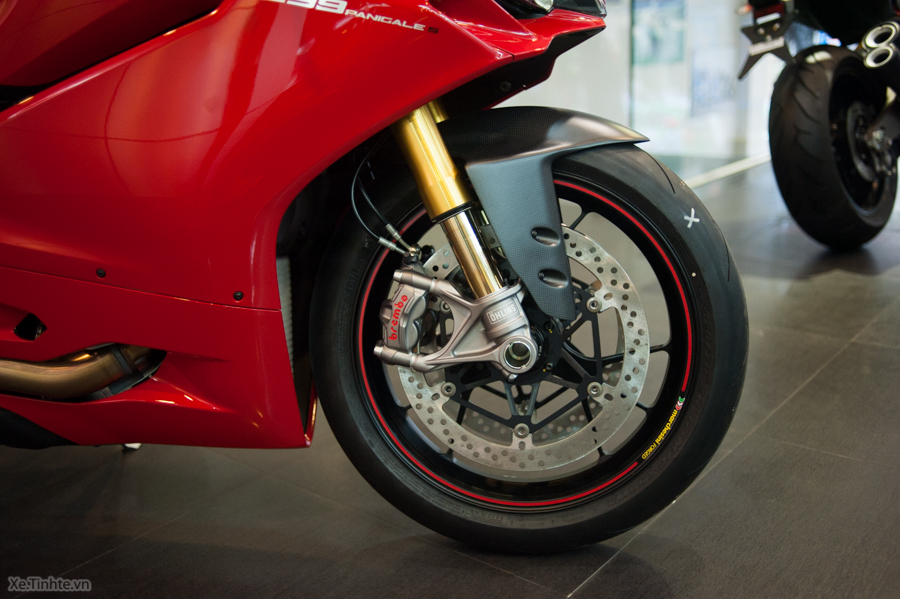 Can canh Ducati 1299 Panigale S chinh hang tai Viet Nam - 13