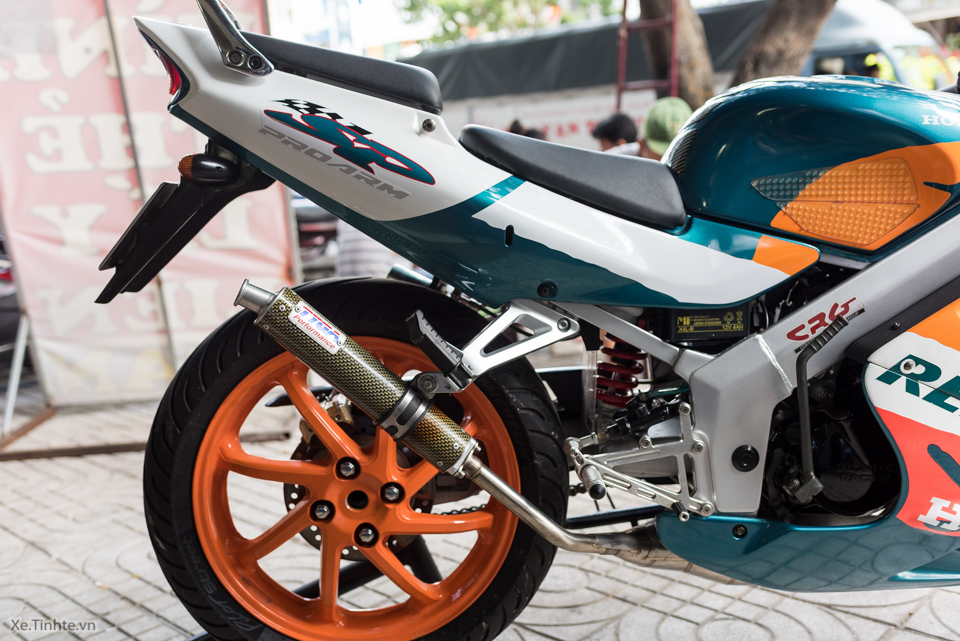 Can canh hang hiem Honda NSR150SP Repsol doi 1995 - 17