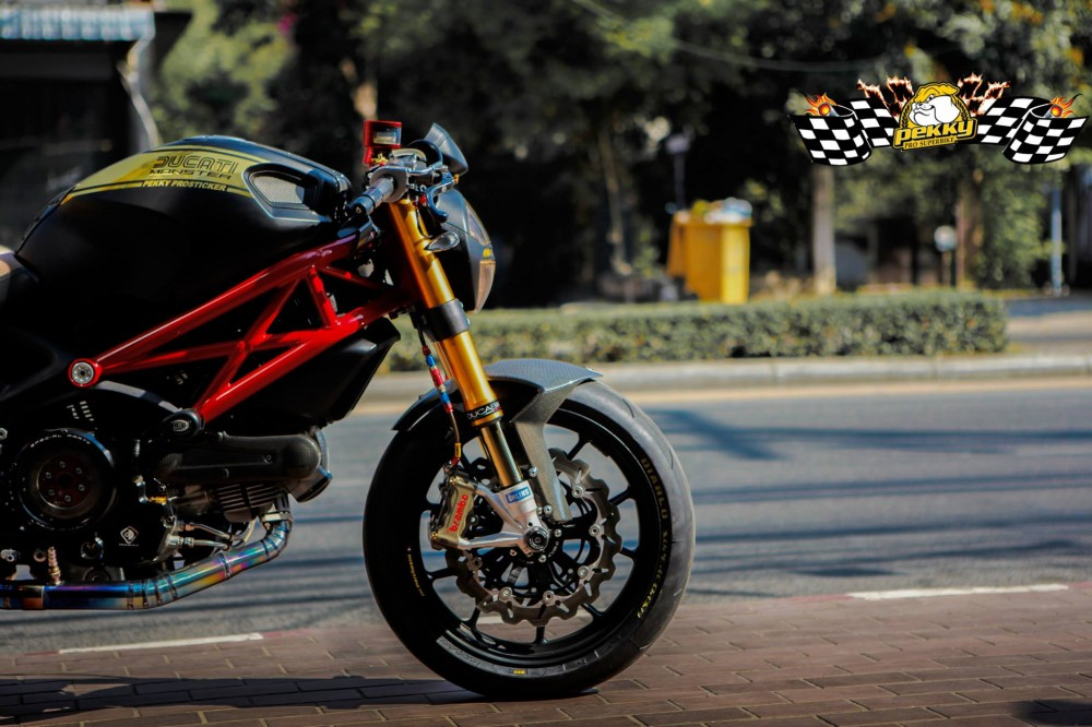 Ducati Monster 795 chat choi trong phien ban Cafe Racer - 4