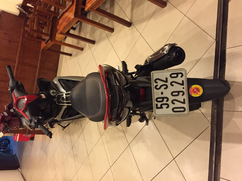 Sai Gon can ban Exciter thang 52014 mau doden - 2