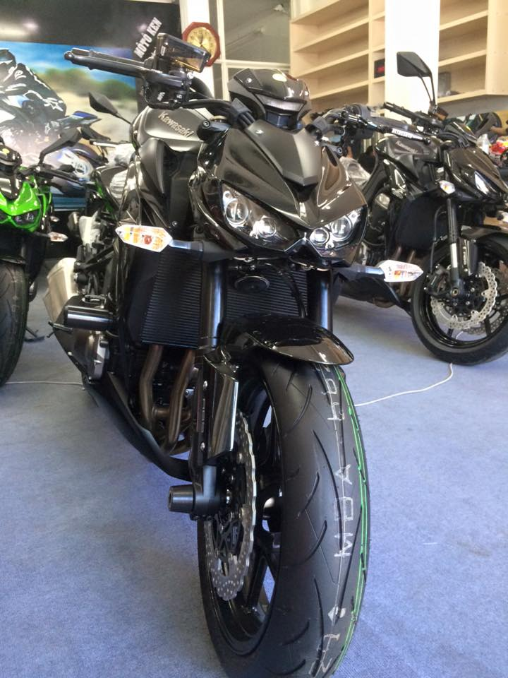 Showroom Moto Ken Z1000 than thanh con 2 chiec duy nhat gia tot cho anh em luon - 2