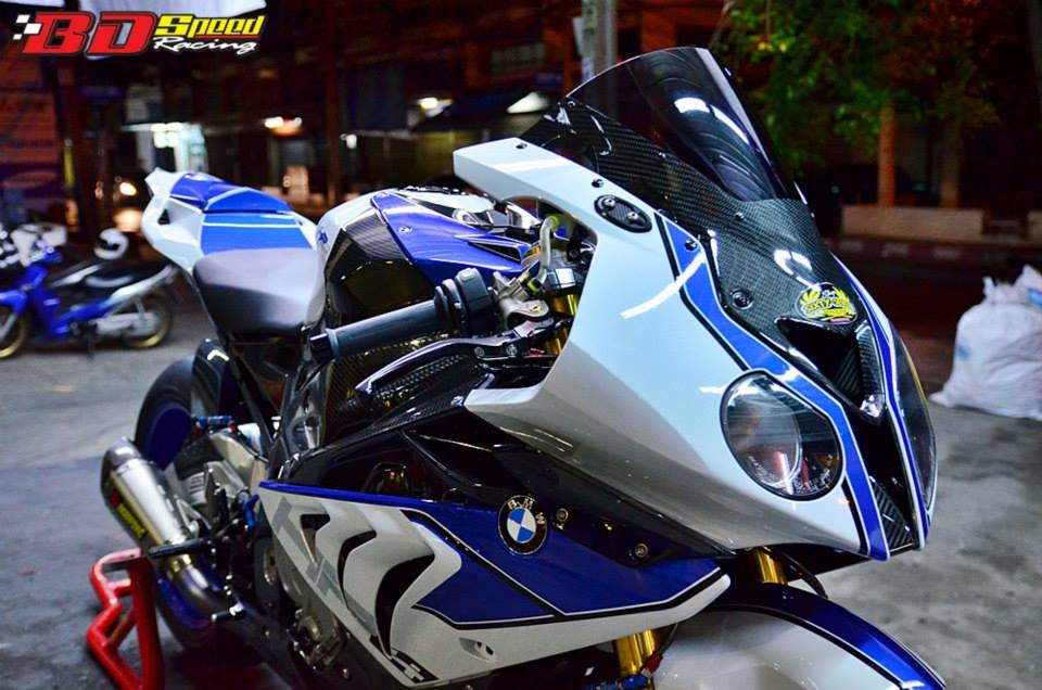 Sieu moto BMW HP4 do tuyet ky tai Thai - 2