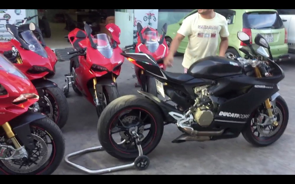 Test tieng po AustinRacing tren Ducati Panigale 1299 1199 tai VN